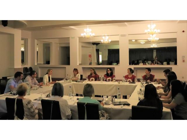 """Prima întâlnire de lucru destinată stakeholderilor proiectului """"Young Volunteer"""""""