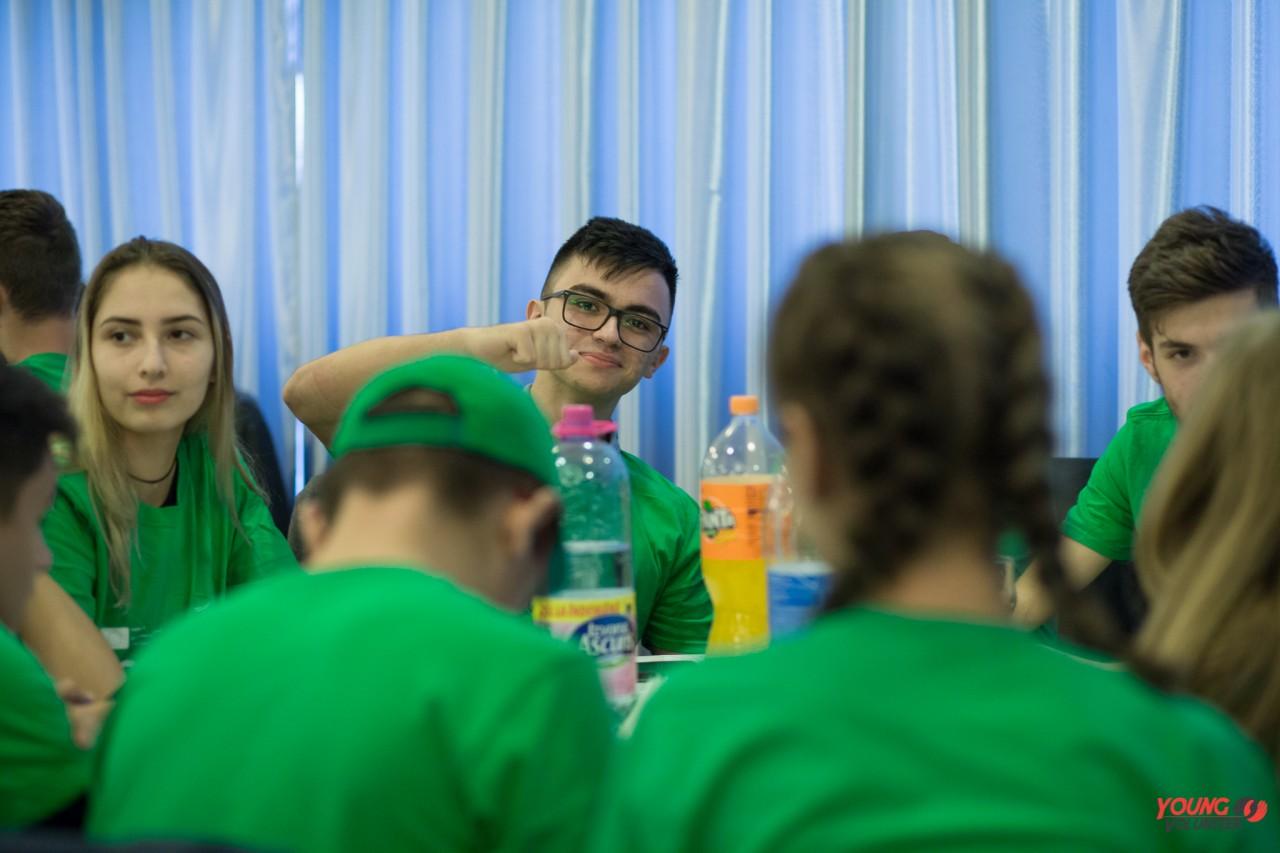 """Cea de-a treia campanie de voluntariat """"Young Volunteer"""", la Călărași"""